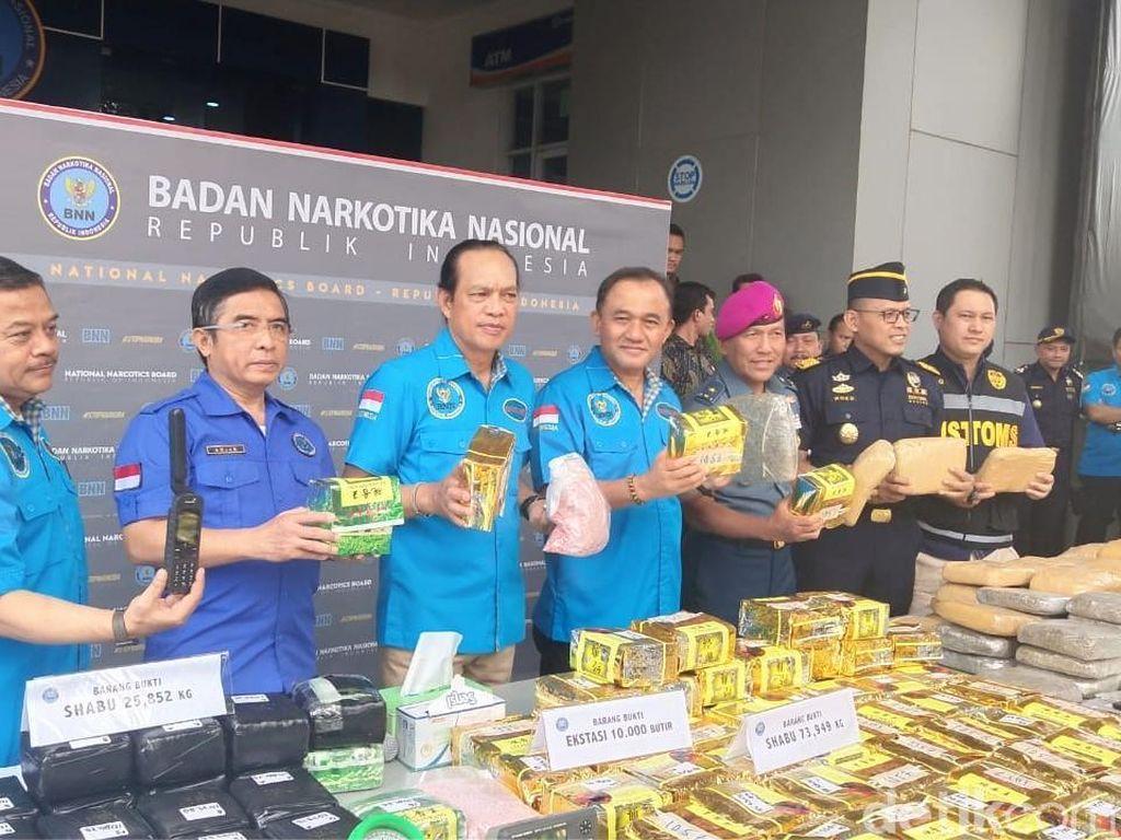 BNN dan Ditjen Bea Cukai Bongkar Penyelundupan Ganja 1,4 Ton