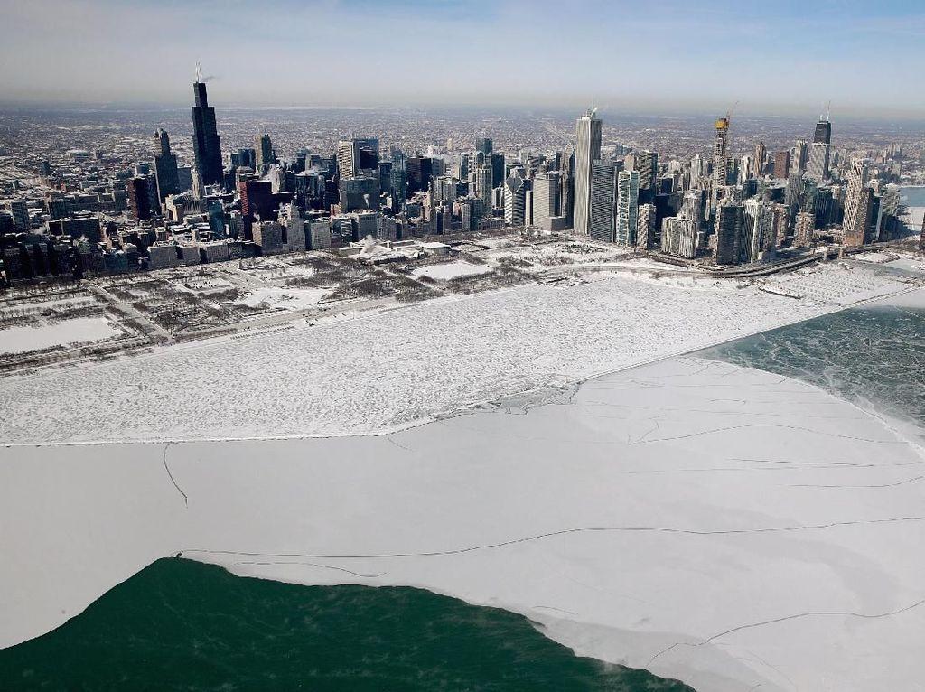 Penampakan Udara Fenomena Polar Vortex di AS