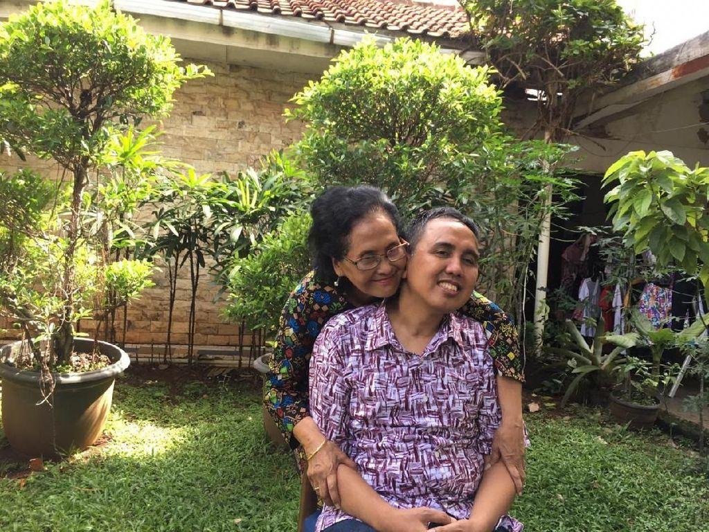 Dukungan Ibu dan Sahabat Bantu Gugun Gondrong Pulih dari Tumor Otak