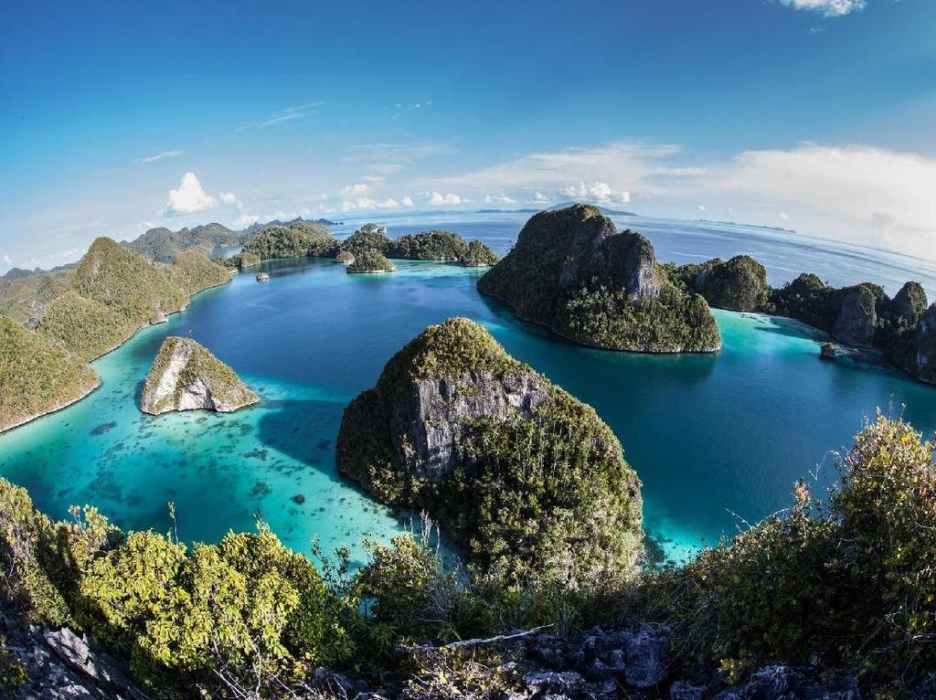 Foto: Indonesia dan Negara-negara Terindah di Dunia