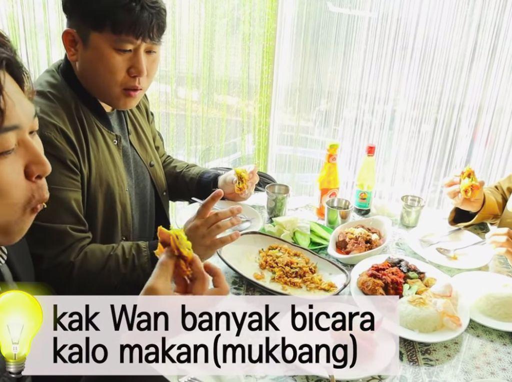 Pertama Kali Cicip Rendang dan Ayam Geprek, Ini Komentar Orang Korea