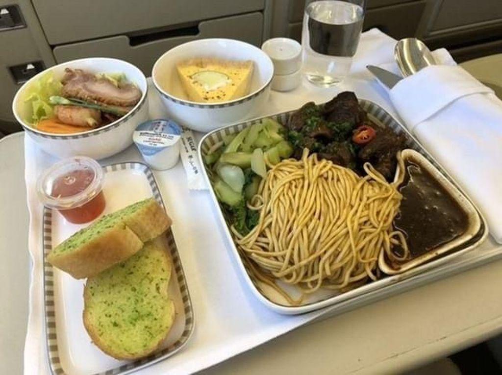 Seru! Intip Makanan Pesawat dari Berbagai Maskapai di Instagram Ini
