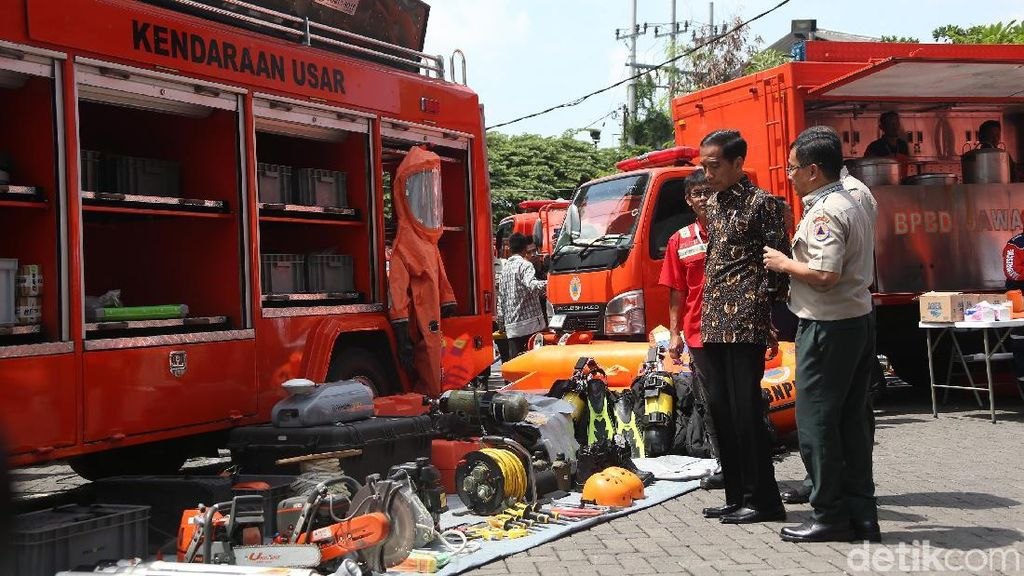 Jokowi Hadiri Rakornas BNPB di Surabaya