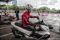 detikOto menjajal Honda PCX Electric