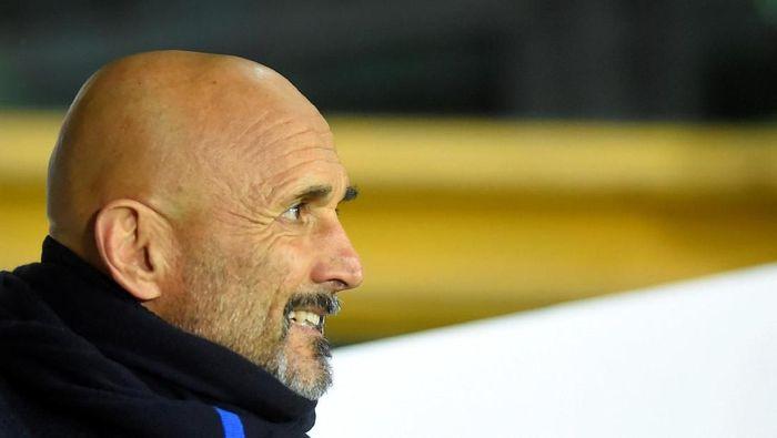Posisi Luciano Spalletti sebagai pelatih Inter Milan dalam ancaman Conte (Massimo Pinca/Reuters)