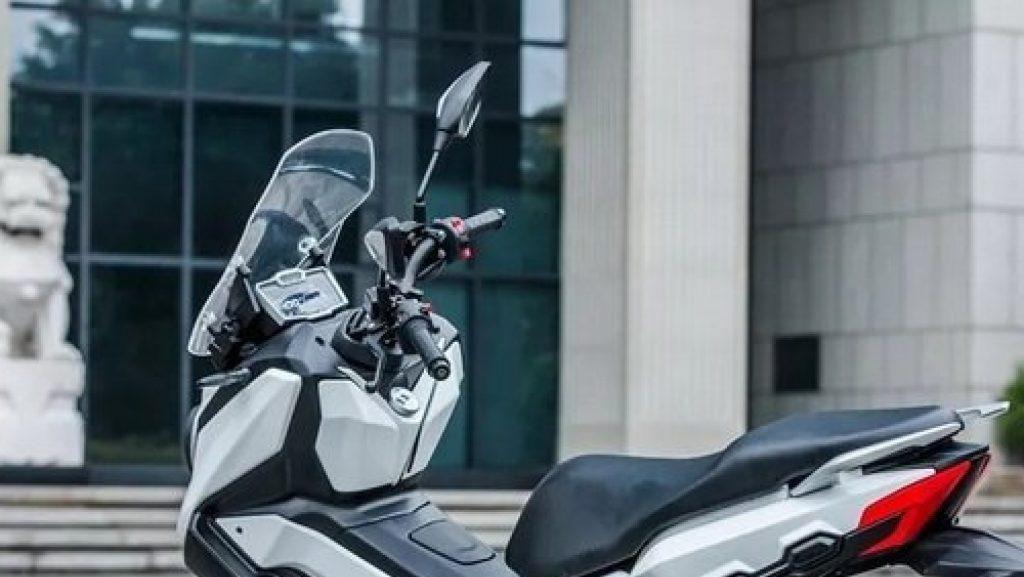Mau Beli Motor Honda X-ADV tapi Kemahalan? Nih Obatnya!