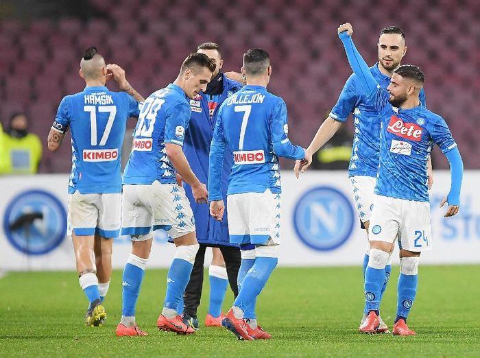 Napoli menang 3-0 atas Sampdoria di pekan ke-22, dengan salah satu golnya dilesakkan Lorenzo Insigne (kanan). (Foto: Francesco Pecoraro/Getty Images)