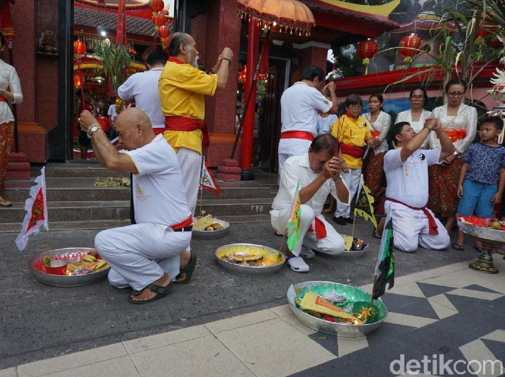 Menengok Imlek di Vihara Dharmayana Kuta