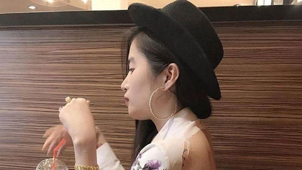 Foto: Gaya Busana Nyentrik di China yang Bikin Geleng-geleng Kepala