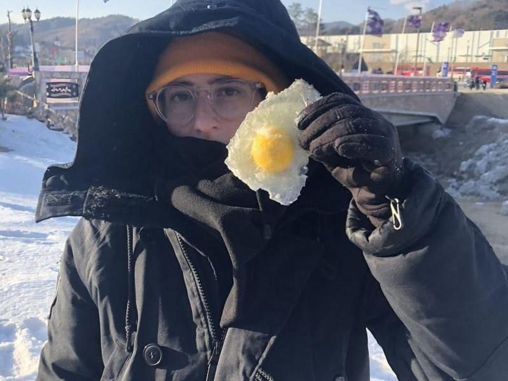 Unik! Suhu Korea Selatan Terlalu Dingin Mengubah Telur Mentah Jadi Es