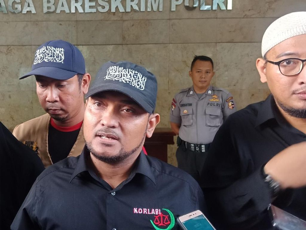 Jokowi-Prabowo Disebut Tak Bahas Habib Rizieq, Begini Respons PA 212