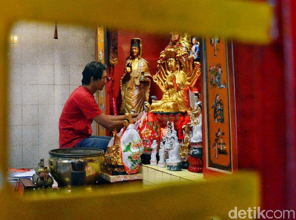 Yuk, Lihat Persiapan Vihara Dharma Ramsi Sambut Imlek
