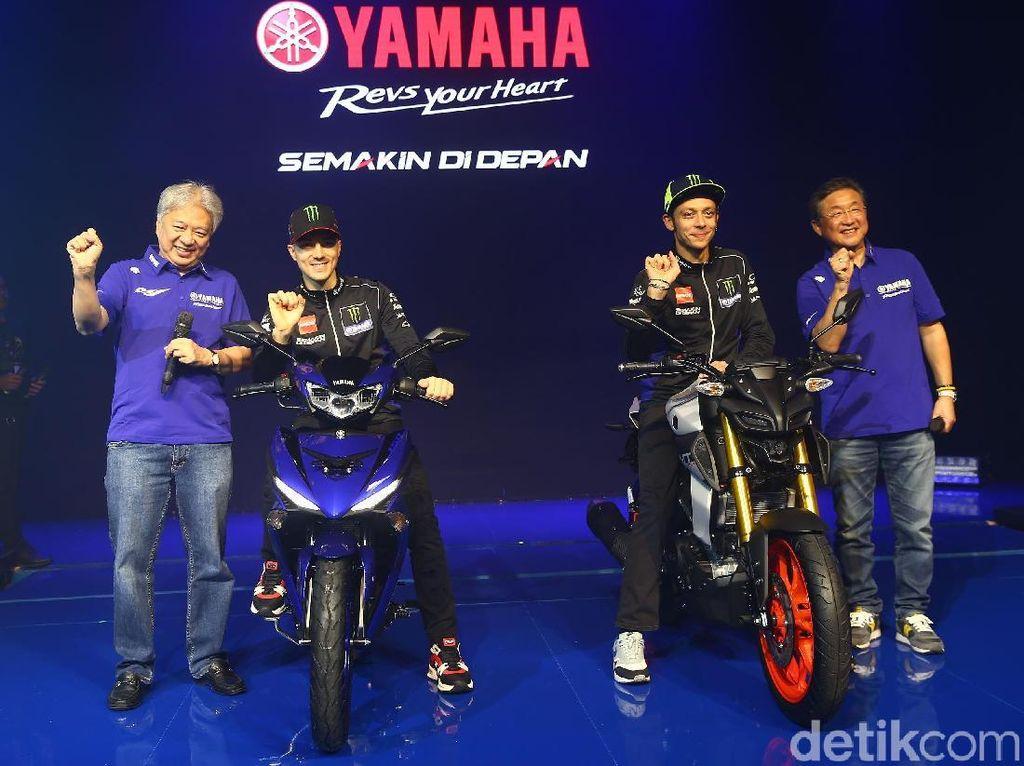 Setelah YZR-M1, Rossi dan Vinales Tunggangi Motor Baru Yamaha