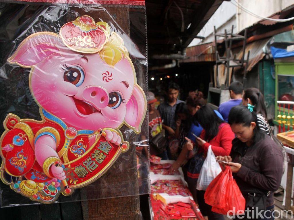 Berburu Pernak-pernik Imlek di Pasar Lama Tangerang