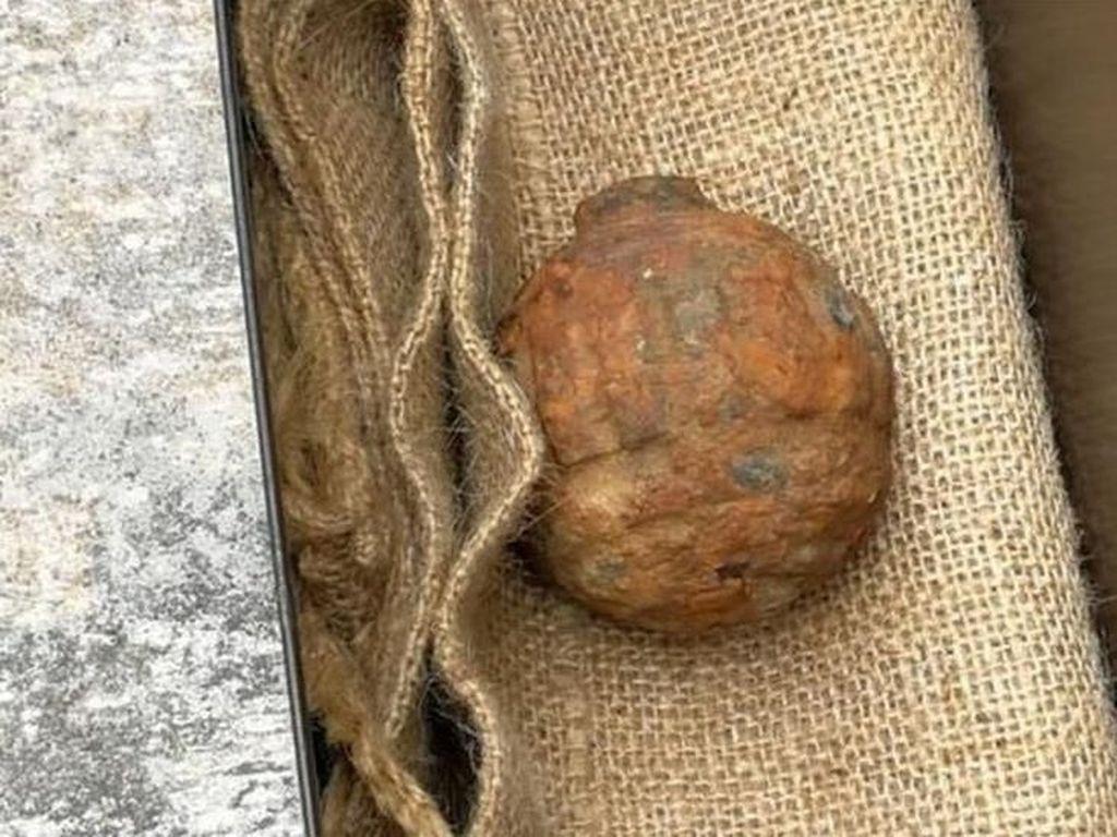 Granat Sisa Perang Dunia I Ditemukan di Antara Ribuan Kentang dari Prancis