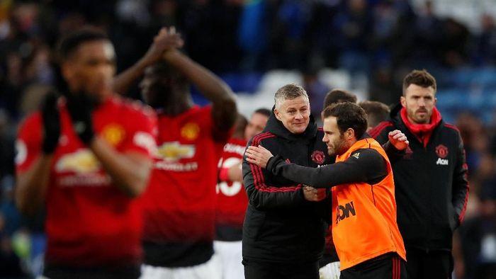 Manchester United-nya ole Gunnar Solskjaer tak terkalahkan di lima laga away semua kompetisi (Reuters/Andrew Boyers)