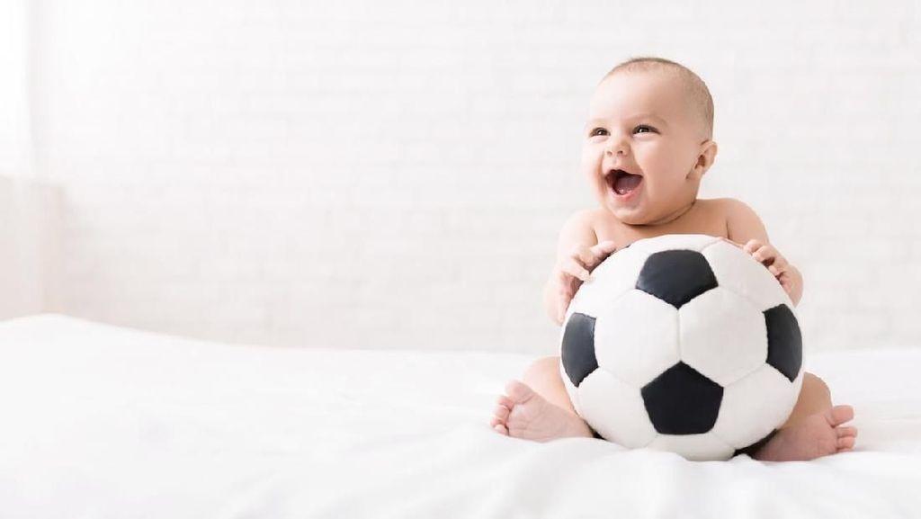 20 Nama Bayi Laki-laki Terinspirasi Bintang Sepakbola Dunia