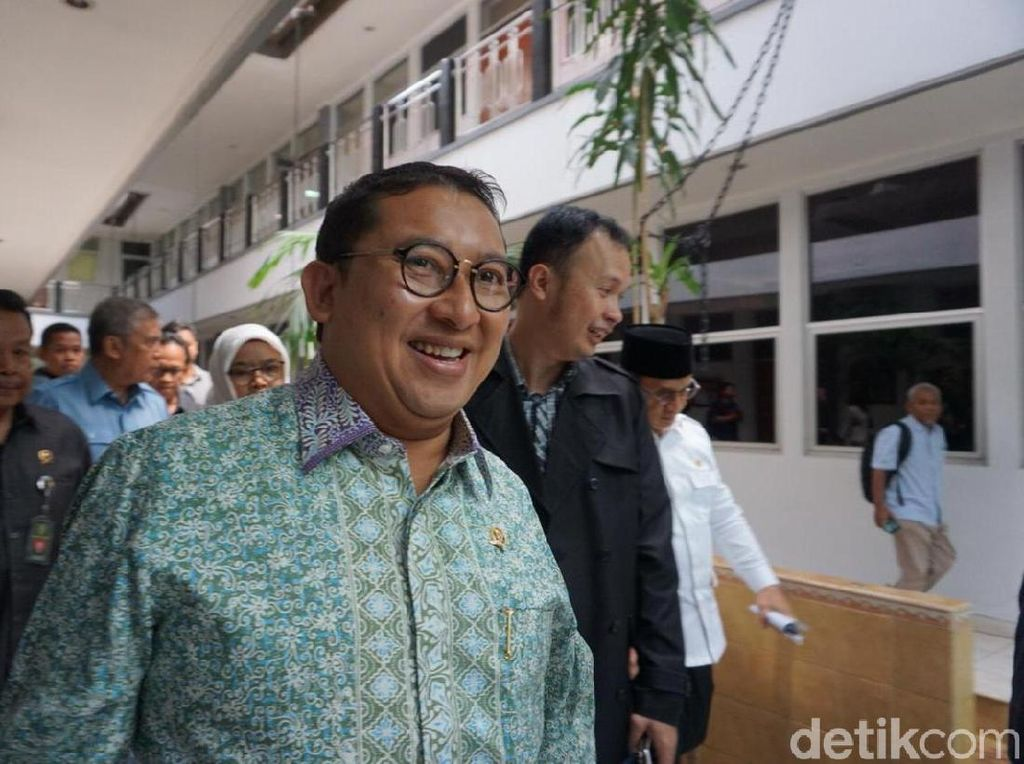 Fadli ke PT DKI Demi Ahmad Dhani: Kami Cari Keadilan Bukan Intervensi