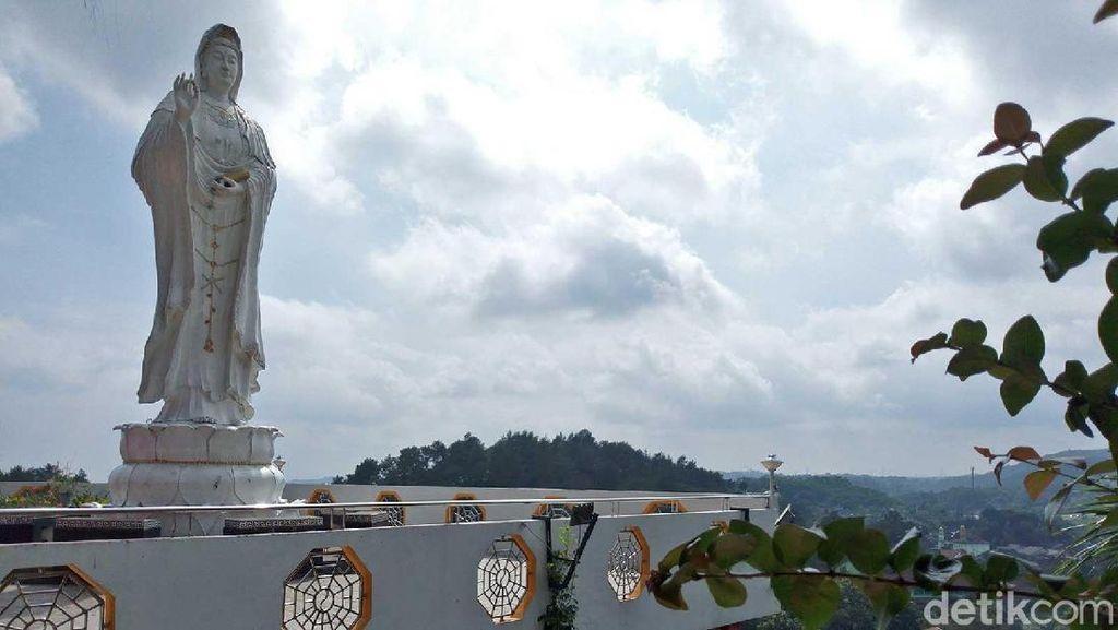 Vihara Puncak Gunung di Semarang, Perpaduan Budaya Jawa & Tionghoa