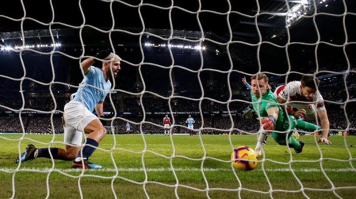 Sergio Aguero mencetak hat-trick saat Manchester City mengalahkan Arsenal. (Foto: Andrew Boyers/Reuters)