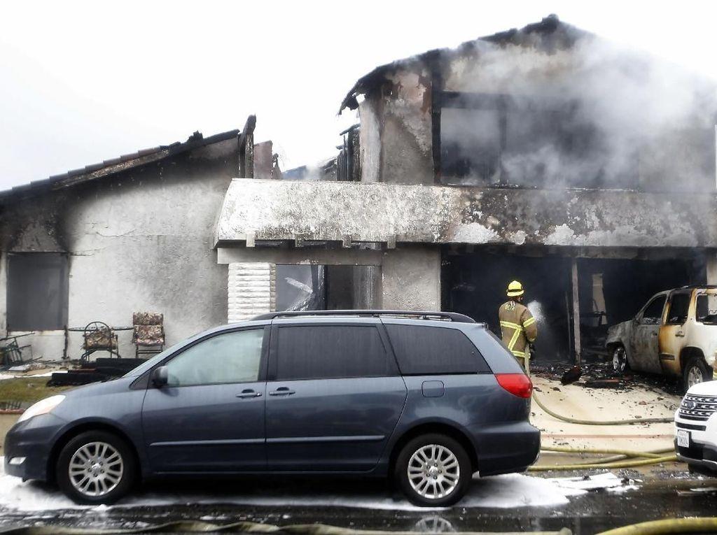 Cerita Mencekam Pesawat Tabrak Halaman Belakang Rumah