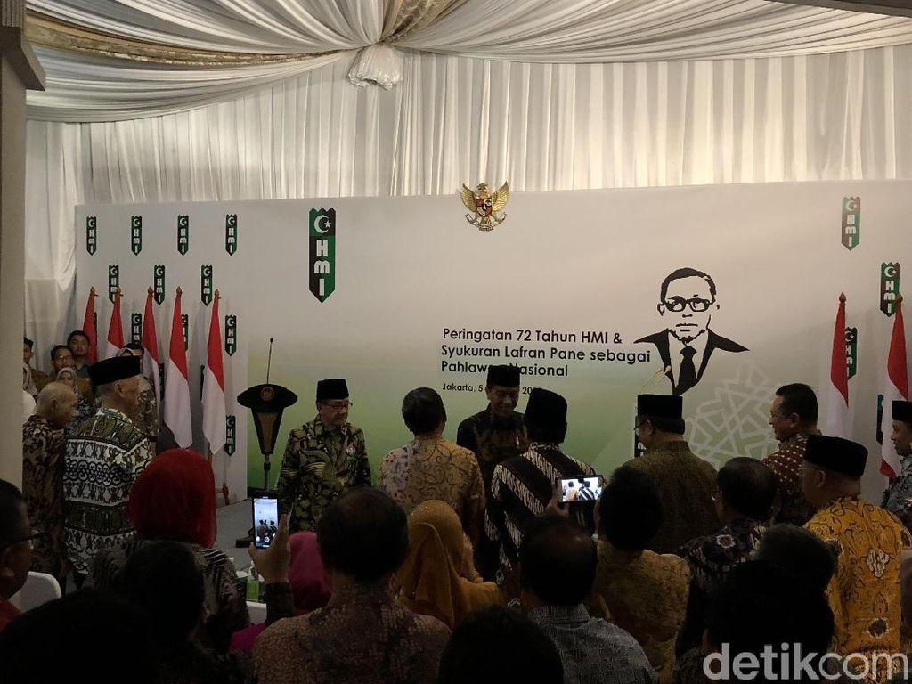 Jokowi Sambangi Rumah Akbar Tandjung, Hadiri Syukuran HUT HMI
