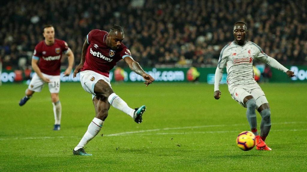 Tendangan Bebas Maut yang Buyarkan Kemenangan Liverpool