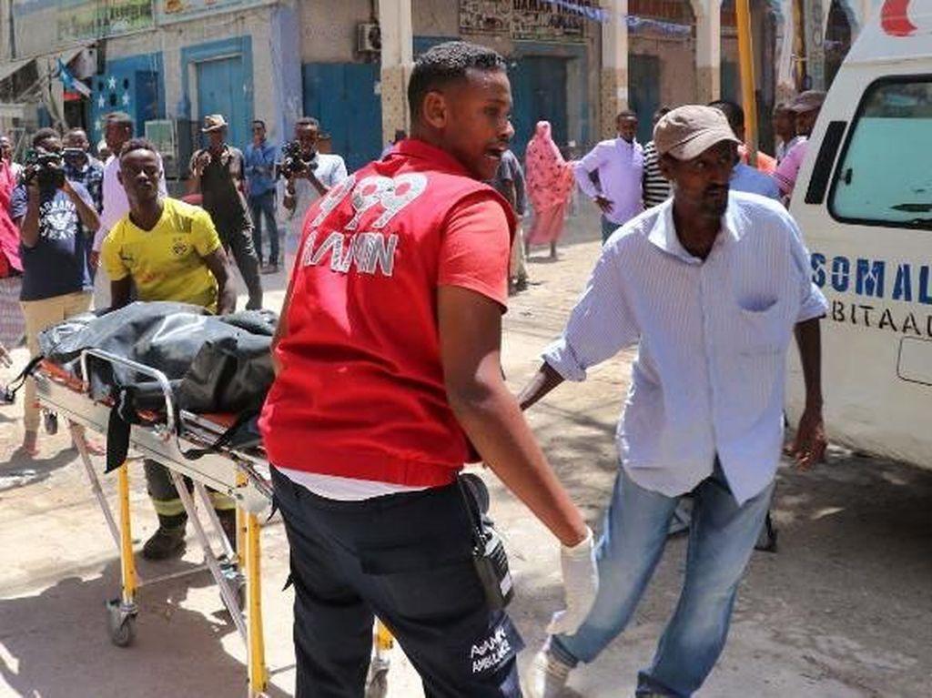 Bom Mobil di Afrika Tewaskan Belasan Orang