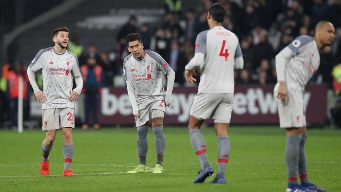Pemain Liverpool usai diimbangi oleh West Ham United. (Foto: David Klein/Reuters)