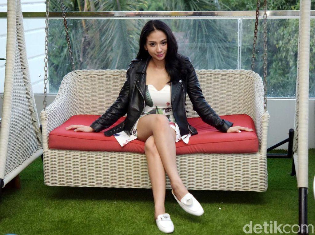 Bella Luna Marah Besar soal Foto Suami Gendong Anak Bareng Wanita Lain