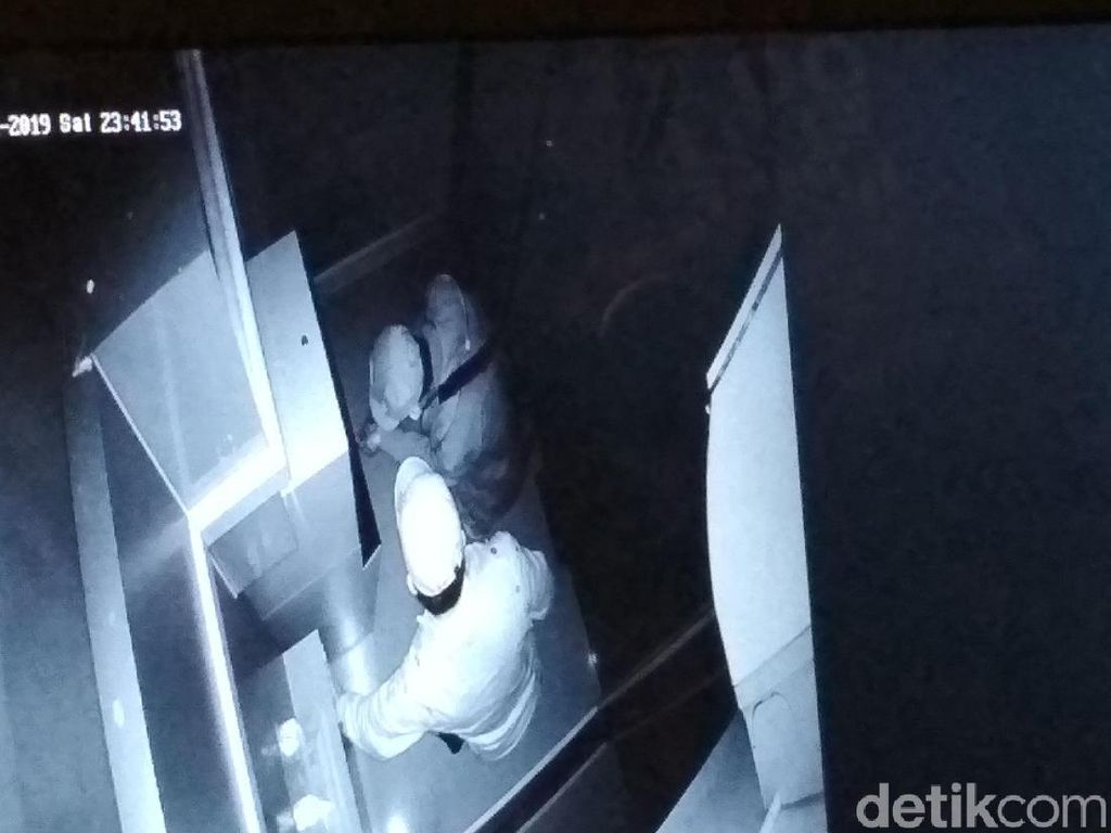 Pelaku Gampang Jebol ATM Bank Jatim Karena Sistem Pengamanan Lemah