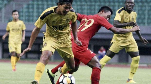 Bhayangkara FC vs Timnas U22