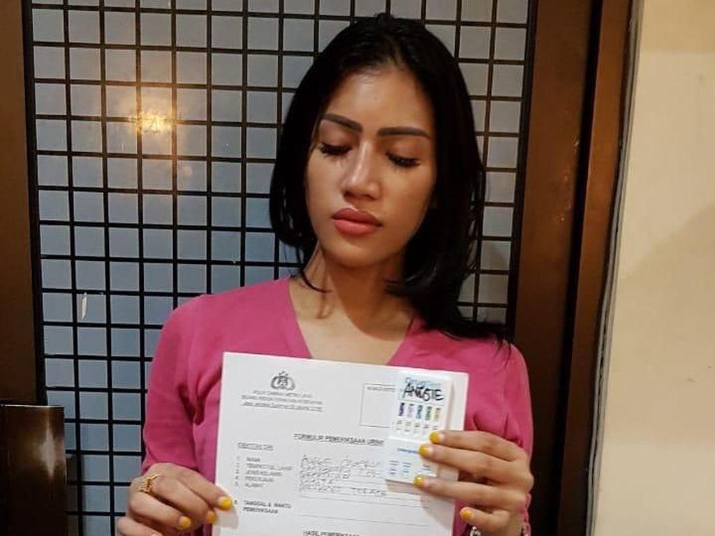 Potret Selebgram Reva Alexa Digerebek Polisi karena Kasus Sabu