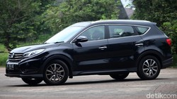 DFSK Glory 580, Penantang CR-V dari China
