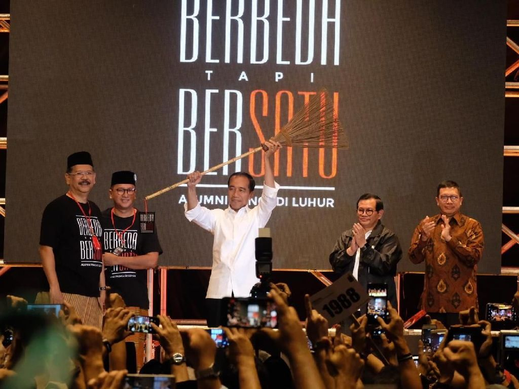 Alumni SMA Pangudi Luhur Puji Jokowi Sebagai Lelaki Sejati
