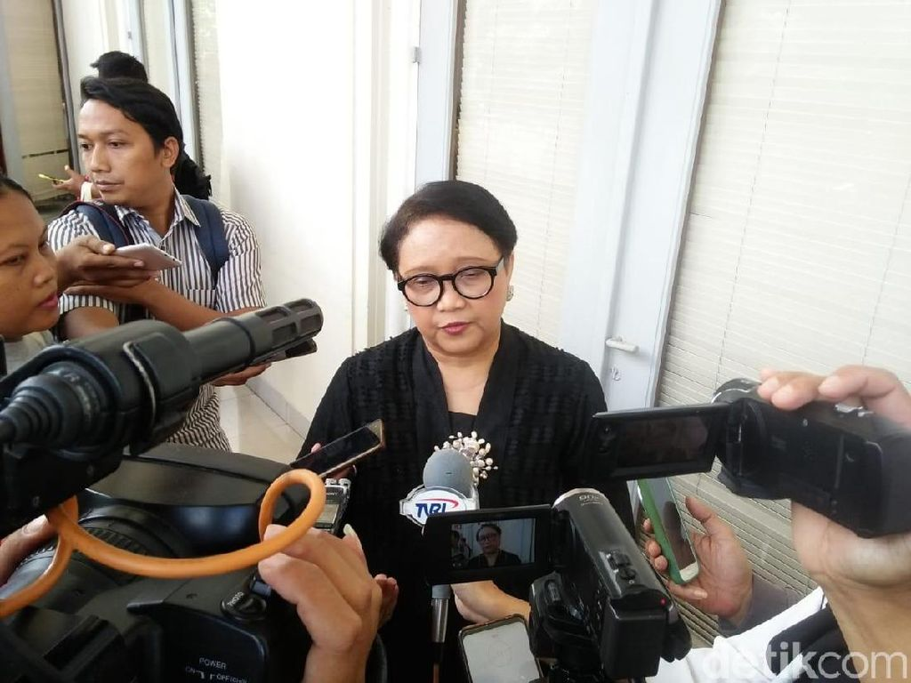 Menlu: Sampai Kemarin Identifikasi Pelaku Bom Filipina Belum Rampung