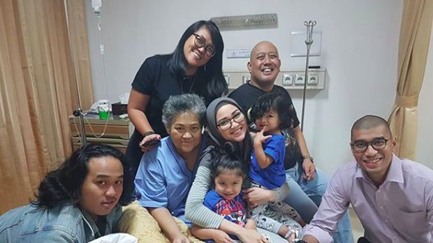 Keluarga Indro Warkop