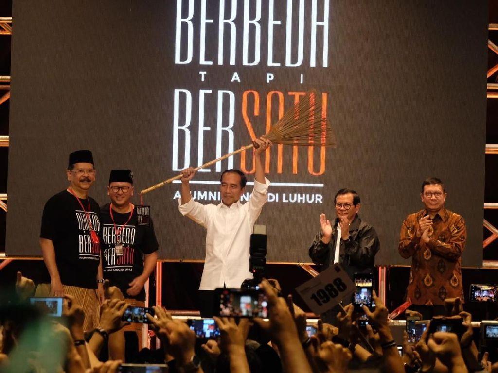 Didukung Alumni SMA Pangudi Luhur, Jokowi Dapat Sapu Bersihkan Koruptor