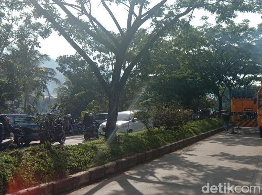 Bangkai Bus Dievakuasi, Jalan Bandung-Garut Contraflow