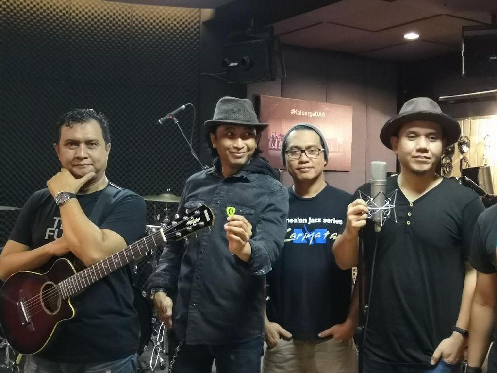 Aransemen Ulang Lagu Padi, Denny Chasmala Perhatikan Lirik