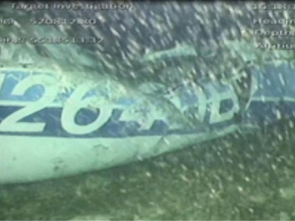 Satu Jasad Dikeluarkan dari Pesawat Sala di Dasar Laut