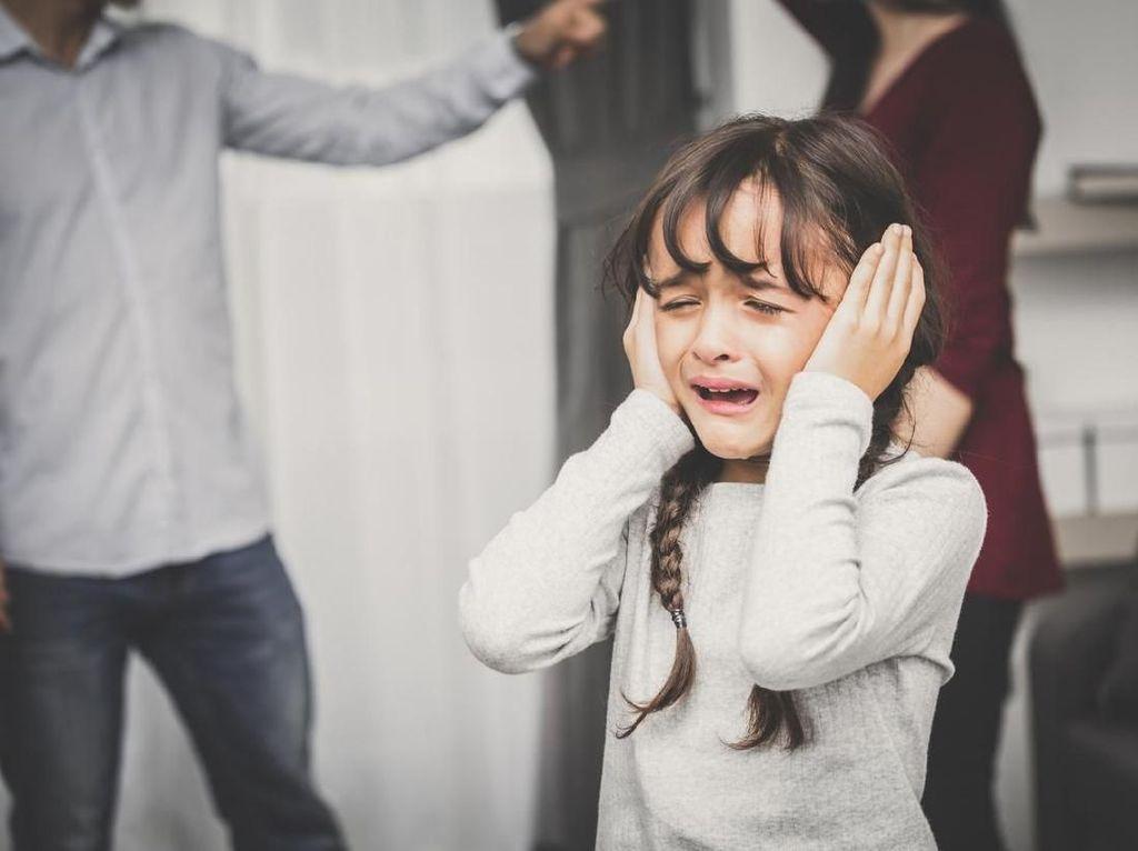 Aturan Jika Orang Tua Mau Berargumen di Depan Anak