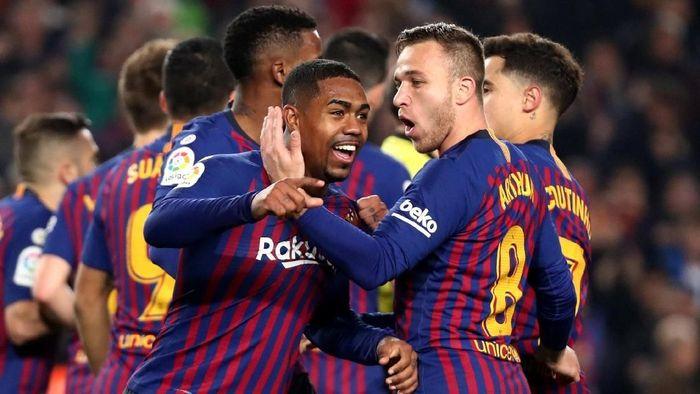 Barcelona menolak desain jersey warna putih (Reuters)