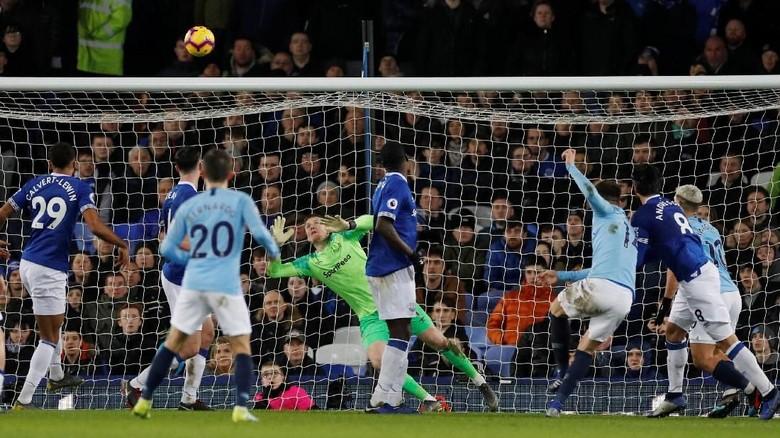 Hasil Liga Inggris: Kalahkan Everton, City Puncaki Klasemen
