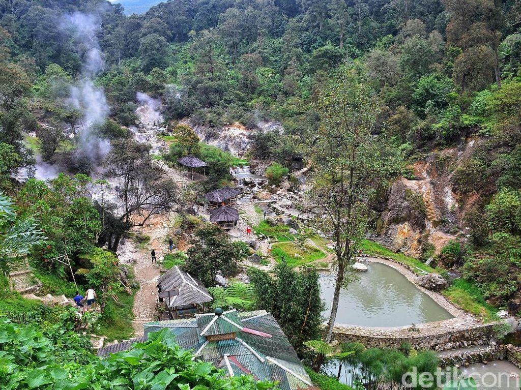 Hidden Gem di Bandung: Kawah Rengganis yang Cantik