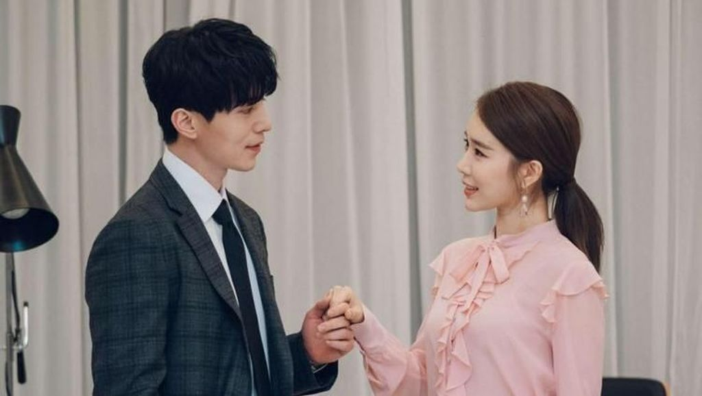 Ini Adegan Favorit Lee Dong Wook dan Yoo In Na di Drakor Touch Your Heart
