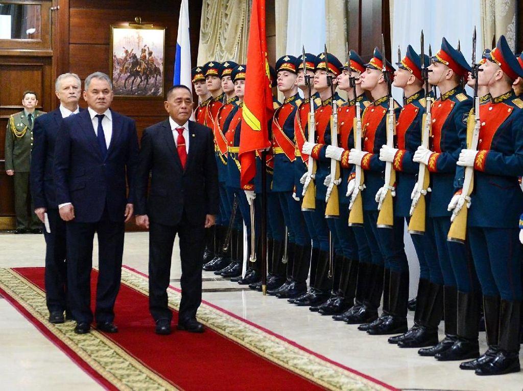 Ryamizad Ryacudu Temui Menhan Rusia di Moscow
