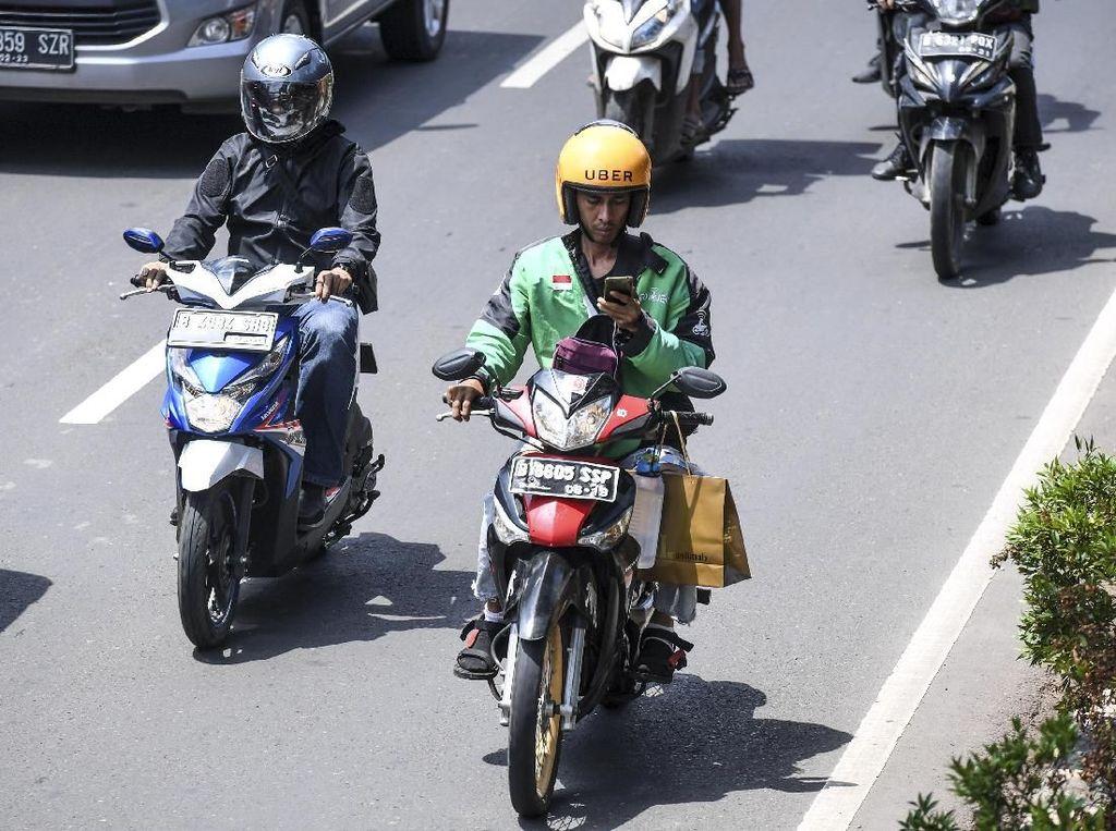 Hati-hati! Berkendara Pakai GPS Bisa Kena Tilang Pak Polisi