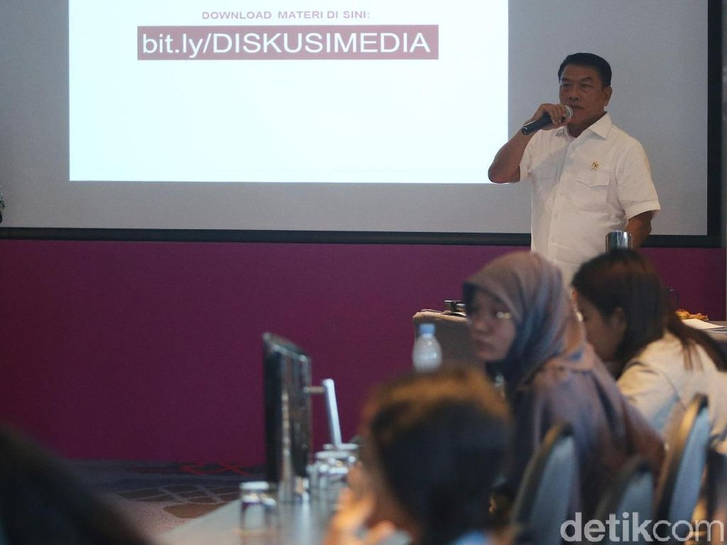 Moeldoko Tepis Isu Jokowi Genjot Infrastruktur demi Pilpres