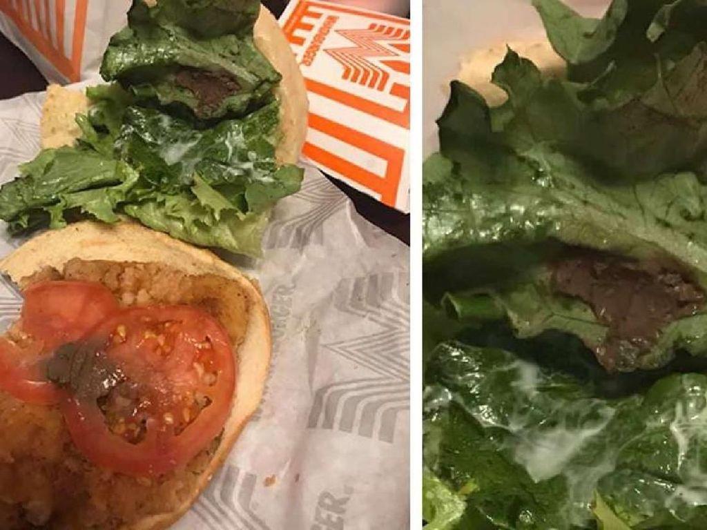 Beli Burger, Wanita Ini Justru Temukan Lumpur dalam Seladanya